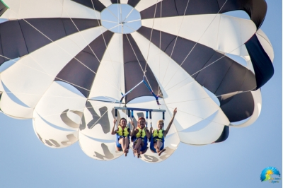 Parasailing for three people - Albena