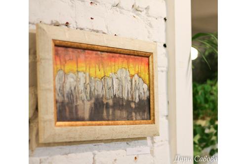 """Подарете изкуство! - Картината """"Слонове"""" на Дари Савова"""