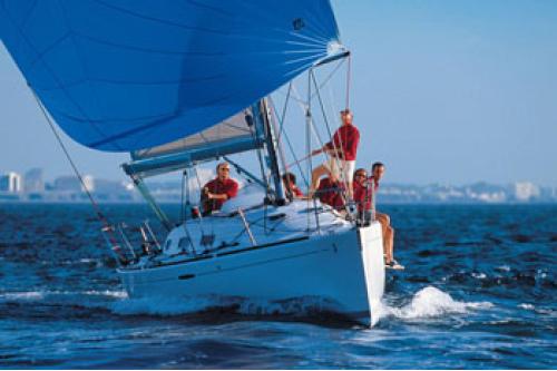 Еднодневен панорамен круиз с яхта по Северното Черноморие!