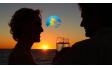 Вечеря на моторна яхта при залез слънце за двама